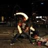 NIKON NIKON D700で撮影した(大道芸人(松明ジャグリング))の写真(画像)