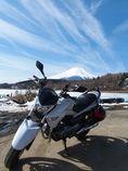 愛車と富士山