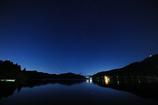芦ノ湖の星景(超広角)
