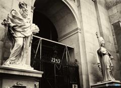 ザルツブルグ:大聖堂・・歴代司祭像