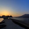 海潟に陽が落ちる