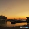 暁の大桟橋情景