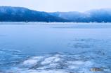 氷雪の余呉湖