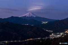 ロケットと富士山