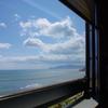 函館湾を車窓から