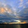 彩雲と帆船二隻