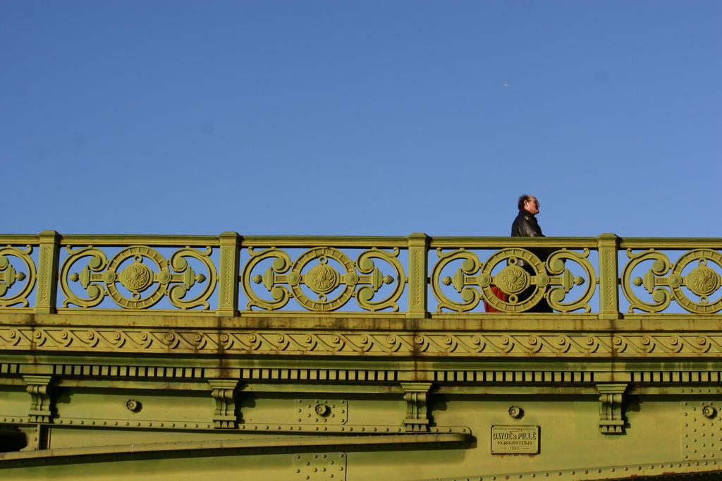 Pont Mirabeau, Paris, FR