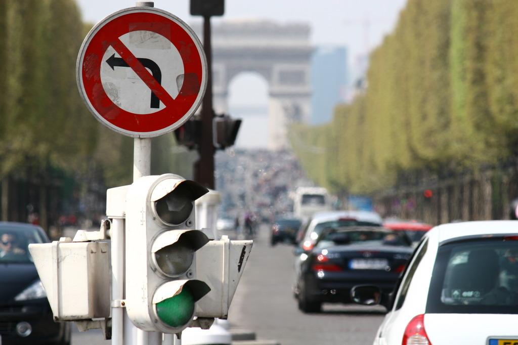 Avenue des Champs-Elysées, Paris, FR