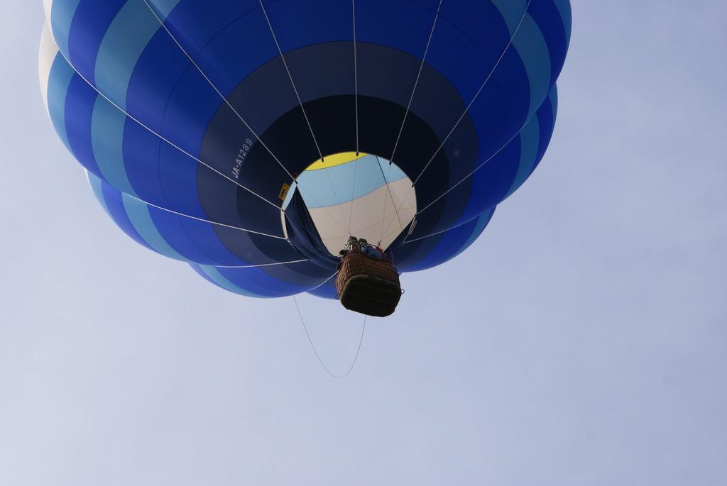 気球 の~びり