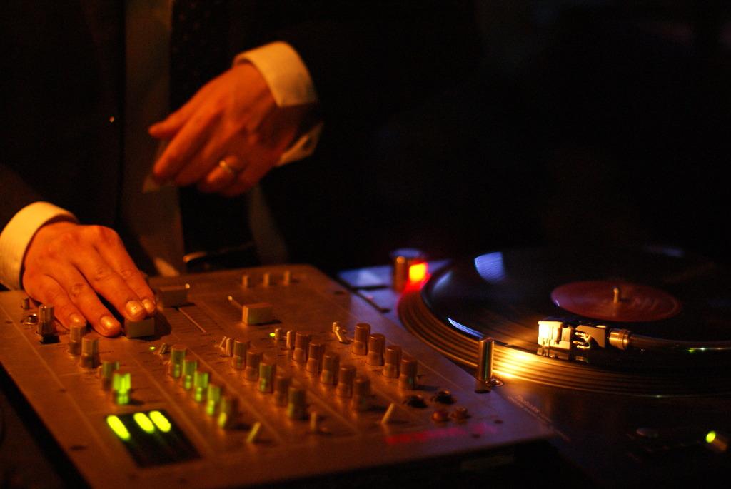 DJ ジミー
