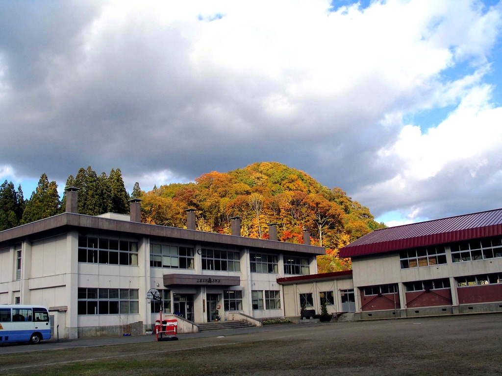 閉校前のきらめき、秋