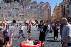 So many bubbles