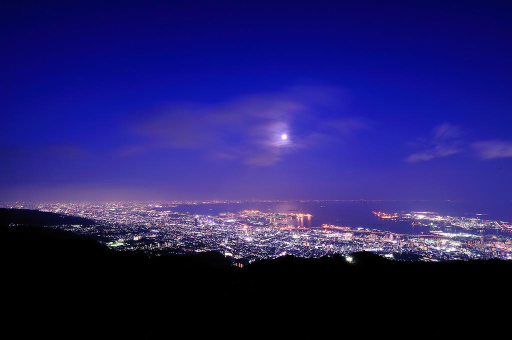 月夜の神戸
