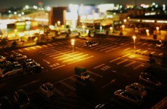 スーパーからの夜景