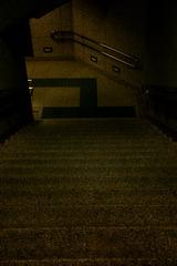 地下鉄の入り口?