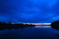 空と海の間の園