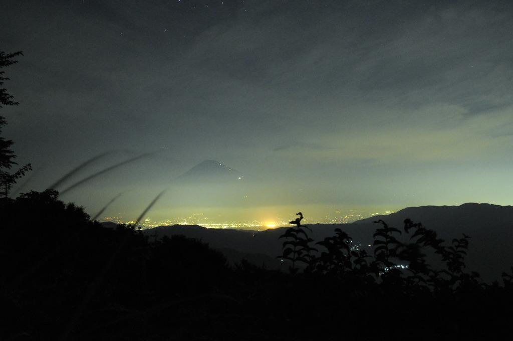 夏夜の富士山