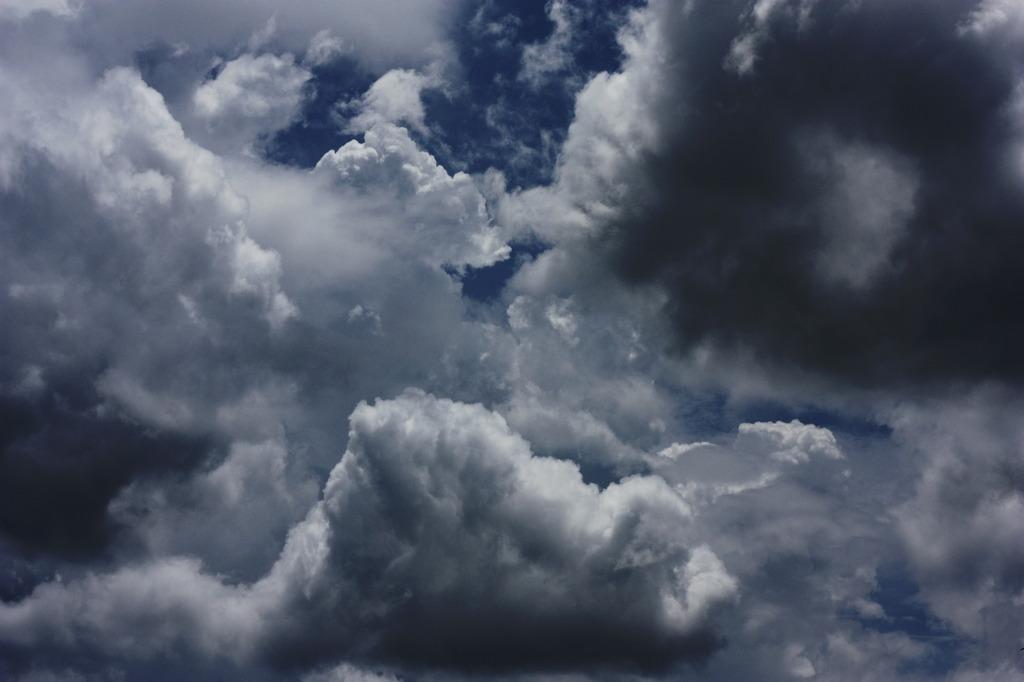 夏色の、雲