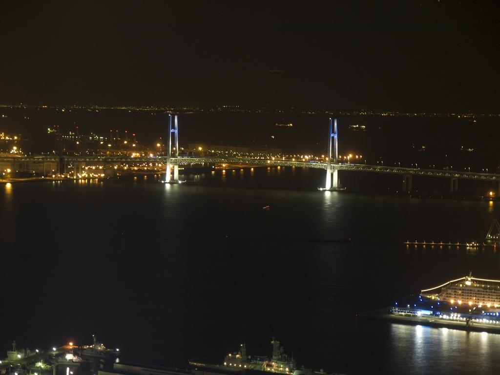 ベイブリッジの夜景