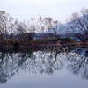 夕凪湖面のシンメトリー