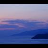 孤高の島影。