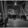 NIKON NIKON Dfで撮影した(行きかう人々)の写真(画像)