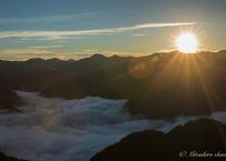 夕陽に映える雲海