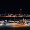 真夜中の空港も素敵ですね〜☆