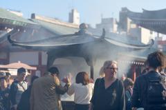 浅草寺の常香炉2