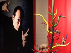 岡本太郎さんと生命の樹