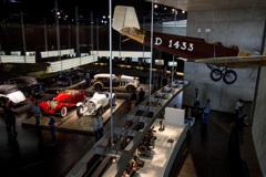 [Mercedes 216] メルセデス博物館 館内風景
