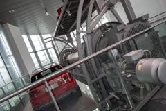 [Audi Museum 128] アウディ博物館内の立体駐車場?