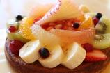 フルーツいっぱいのタルト