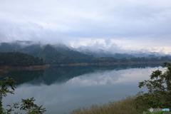 霧の宮ヶ瀬湖16