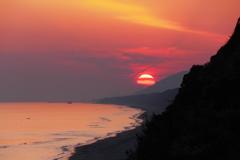 茜色の浜辺