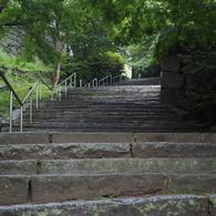 OLYMPUS E-M10で撮影した(唐津城の石階段)の写真(画像)