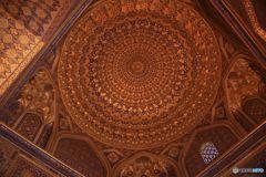 レギスタン広場にある礼拝所の天井の装飾