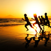 初夏の渚で躍動する青少年達 ⑤