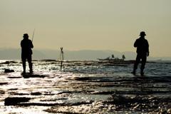 磯の釣り人~煌く海に挑む~②