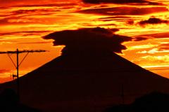 神々しい夕焼け空と富士 ⑦