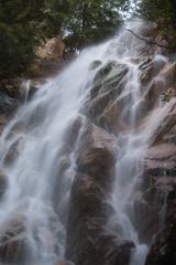 雄滝2(陽梅の滝より)