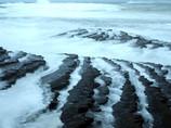 波状岩と波
