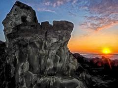 夜明けの岩礁(日南海岸)