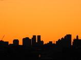 都庁の夜明け