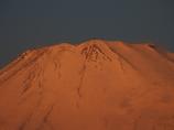 モルゲンロートの富士山頂