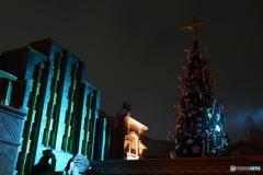 ハロウィーン・ホラーナイト と クリスマスツリー