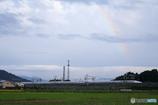 虹と新幹線を眺める
