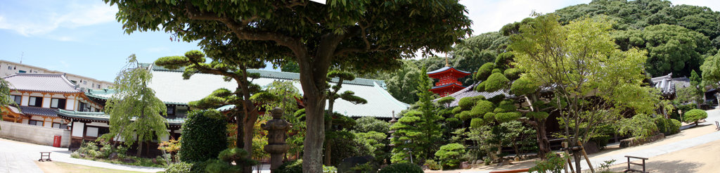 須磨寺境内 本坊・書院前光景