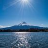 光芒キラリと富士