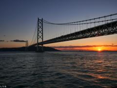 夕焼け 明石海峡大橋-2